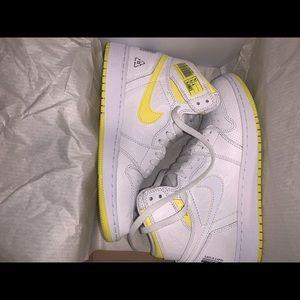 Nike Shoes - Jordan 1 Retro High First Class Flight (GS)